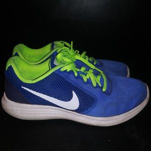 Nike Revolution 3 sz 10.5